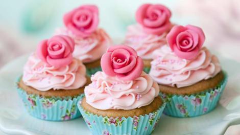 dish-muffins-cream-roses-dessert-540x960